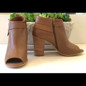 Steve Madden Open-Toe/Moto Boot